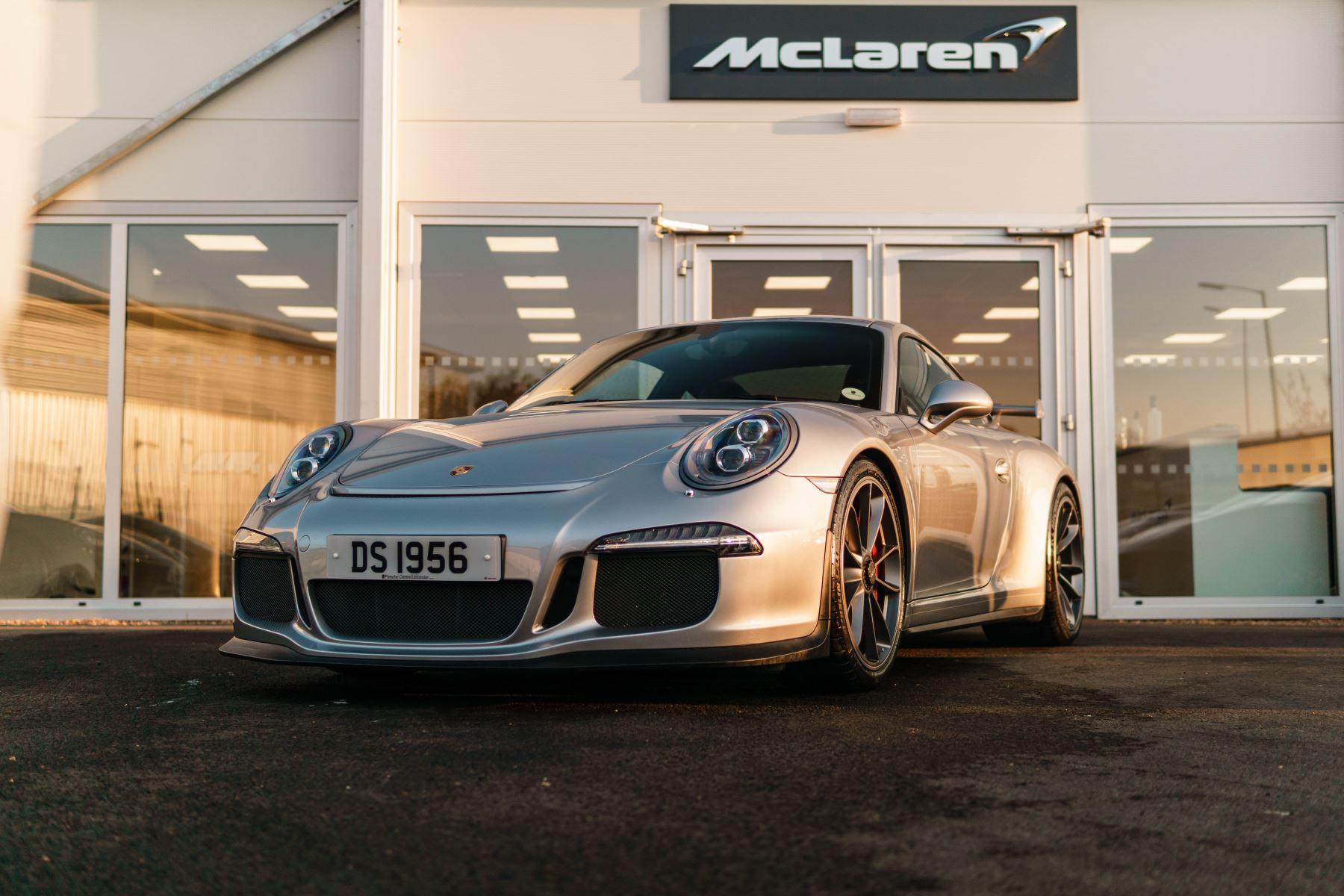 Porsche 911 GT3 2dr PDK 3.8 Automatic Coupe (2015) image